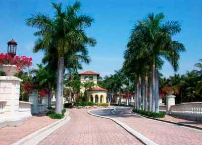 Aventura Lakes Homes for Sale and Rent